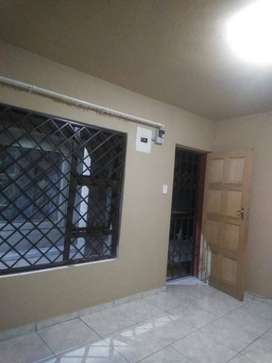 Ensuite room available for rent in Protea Glen Soweto ext 29