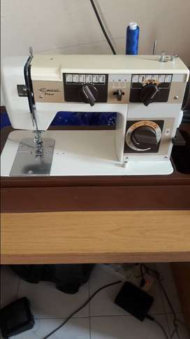 Empisal fleur sewing machine