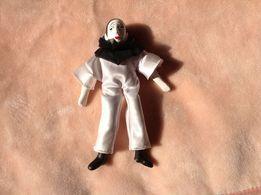 Фарфоровая кукла Пьеро