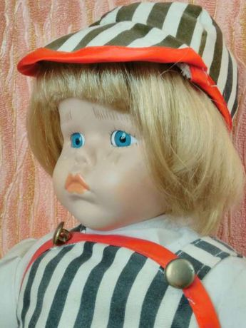 Кукла-мальчик, антиквар