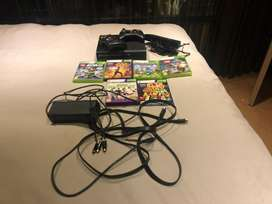 Xbox 360 + Kinect, 2 controlers and 6games