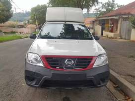 2019 Nissan Np200 1.6 with Canopy