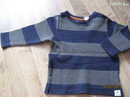 Śliczny sweterek na 3-4 latka
