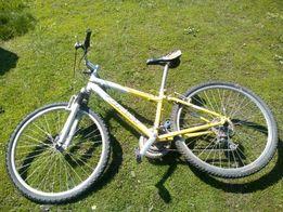 Велосипед GIANT, алюминивая рама 26 колеса
