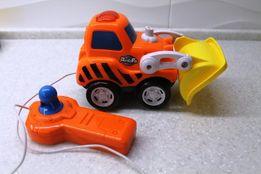Машинка на радио-управлении для маленьких мальчиков