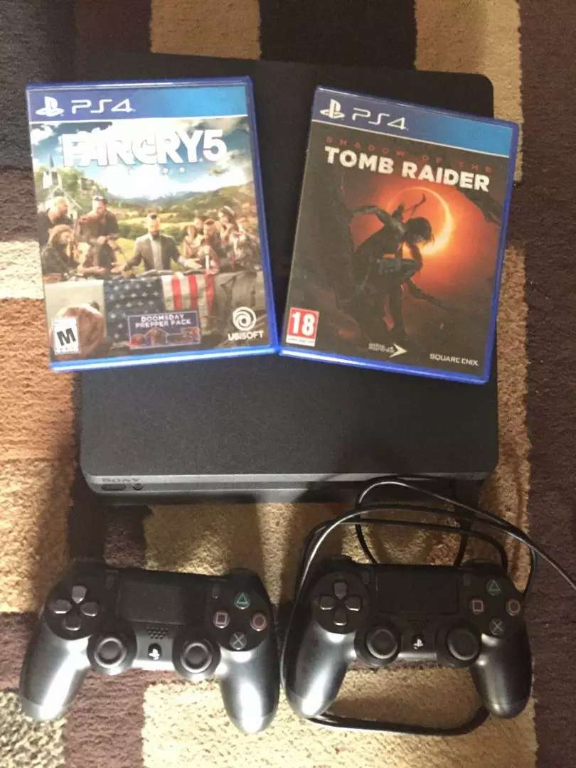 Playstation 4 complete console and games bundle 0