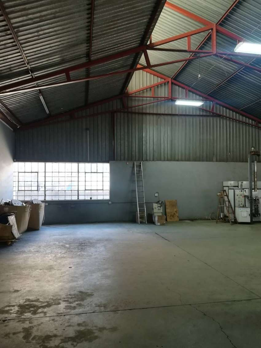 1600m2 factory for sale in Alrode South 0