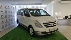 H-1 2.5 VGT 9 seater Bus A/T