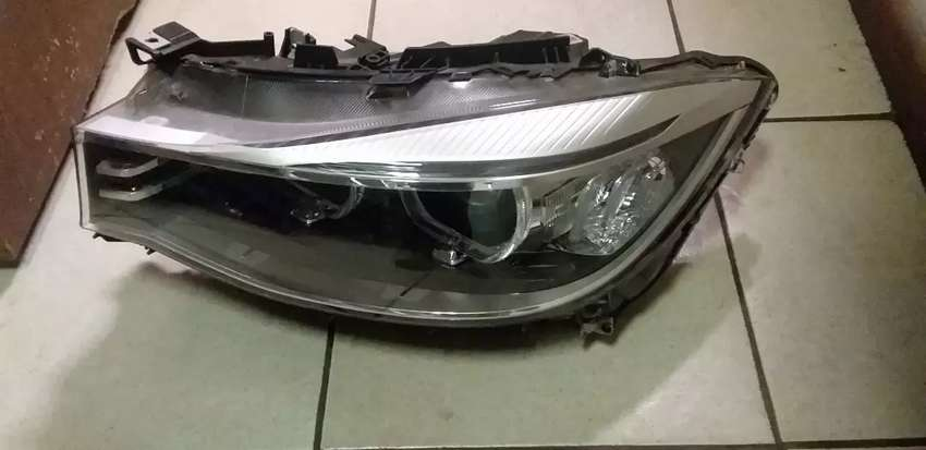Iam selling the headlight for GT 0
