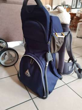 VAUDE Comfort Jolly Baby /Toddler Carrier. Excellent Condition