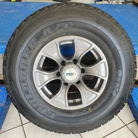 """15"""" Bakkie Mags and Tyres"""