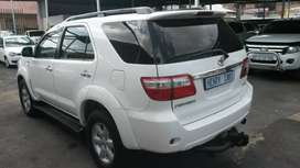 Toyota Fortuner 3.0D4D 4x4 Manual For Sale,