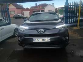 2017 Toyota RAV-4 2.0 Automatic with leather seats in good condition