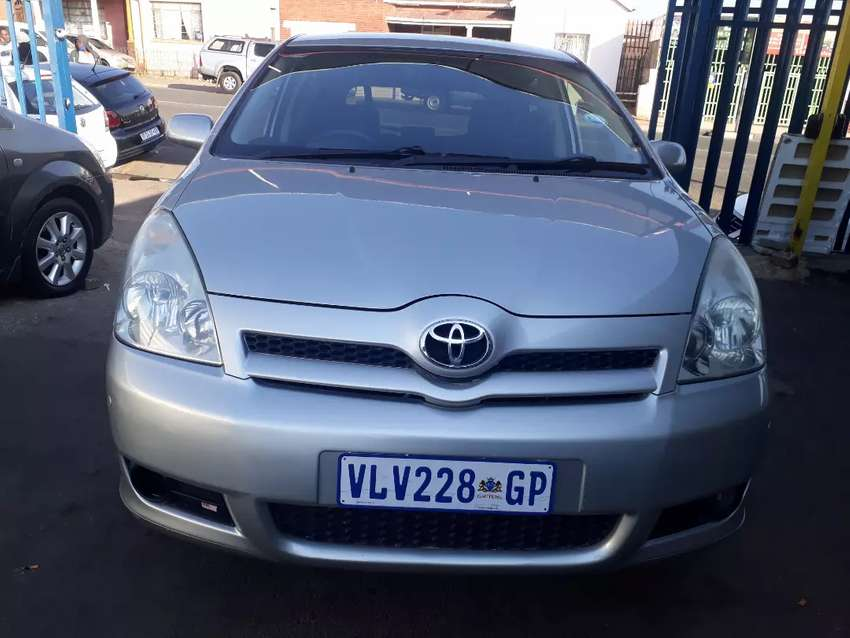 2007 Toyota Verso (1 6) With Service Book 0