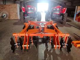 NEW Tandem offset 16 disc harrow (8x8) available and in stock