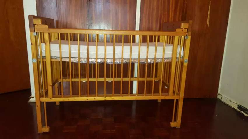 Cot bed 0