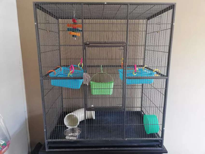 XL Cage and accessories 0