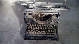 Zabytkowa stara maszyna do pisania