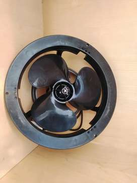 Extractor Fan (With Cabble)