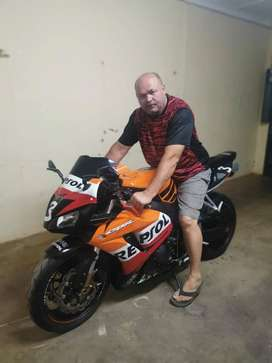 Honda CBR1000RR repsol for sale or to swap