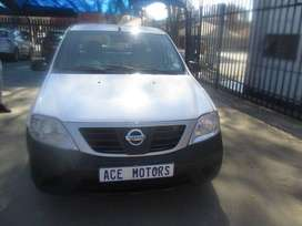 2012 NISSAN NP200 1.6 with spare key