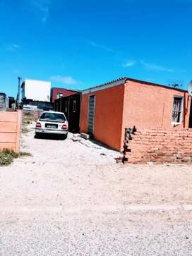 A single house for sale at delft suburban with a big plot