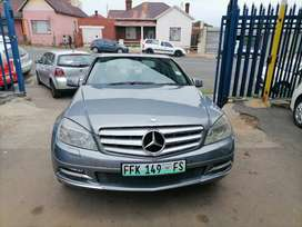 2011 Mercedes Benz CDI C220 leather seat and sunroof Automatic