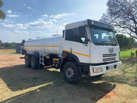 2007 FAW 16000L water tanker with hydraulic pump