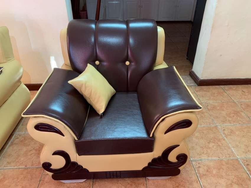 7 seater leather sofa set 0