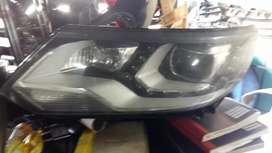 Tiguan xenon left headlight in Good condition