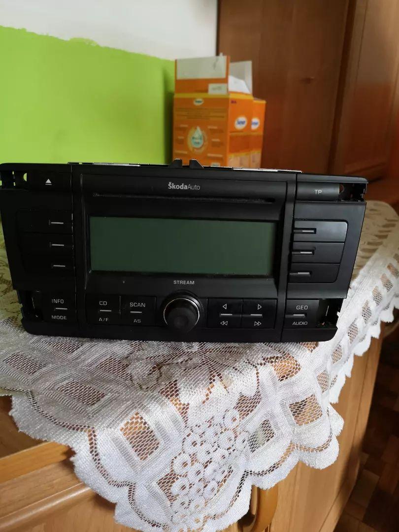 Auto rádio 0