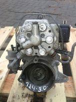 mercedes 124 kompletny rozdzielacz wtrysku 3.0 benzyna