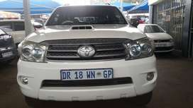 2011 Toyota Fortune 3.0 Capacity  Engine D4D with Automatic Transmissi