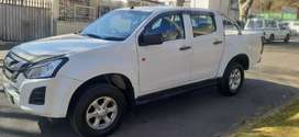 ISUZU DMAX DOUBLE CAB IN EXCELLENT CONDITION