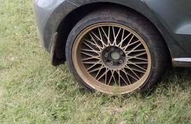 VW spotted rims and tyres