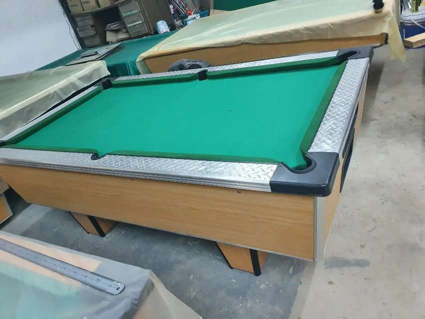 Pool table coin operated with slate
