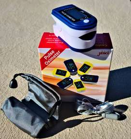 Oximeters with Strap and Carry Bag