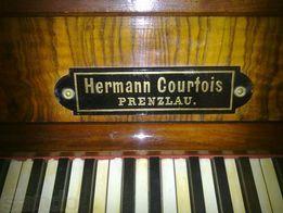 Пианино (пр-во Германия)