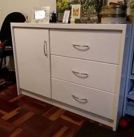 Baby Compactum and Changing Station