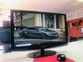 Screen for pc for sale r800