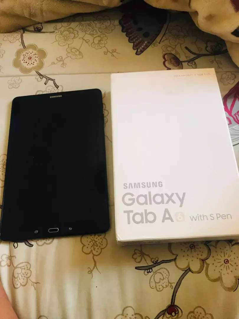 I'm selling a Samsung Galaxy Tab A (2016) with S Pen 0