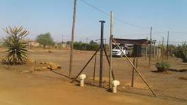 Stand for sale in Lekgalong