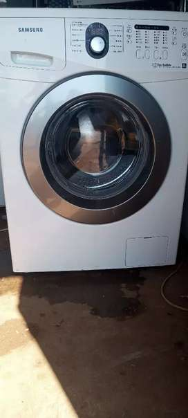 Samsung front loader washer( white)