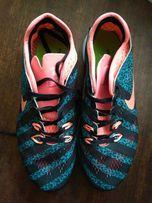 Продам женские летние кроссовки