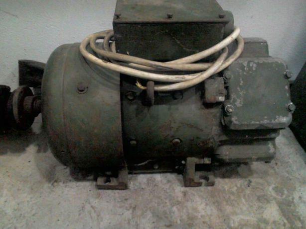 Электродвигатель постоянного тока 3.2 кВт 2500об/мин