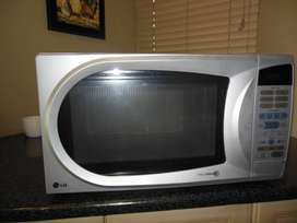 LG Microwave Oven for sale