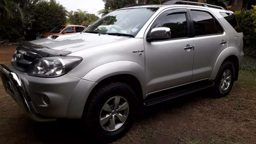 2008 Toyota Fortuner 3.0L D4D SUV 4x2 7 seater 0