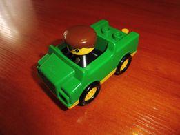 Samochodzik Lego z figurką - tanio!