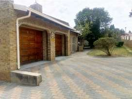 3 Bedroom House in Country View