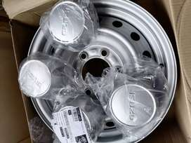Selling Isuzu wheels